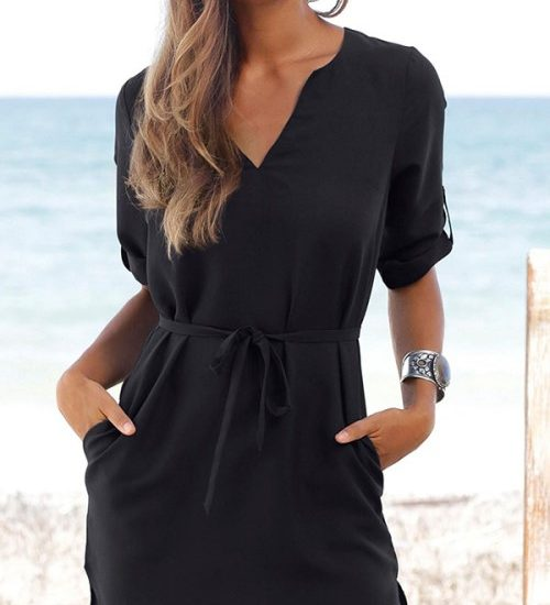 Nomadic Style Girl - little black dress