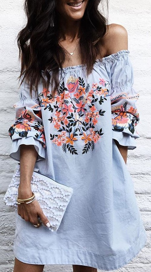 Boho Off Shoulder Summer Casual Dress with Floral Mexican Style Embroidery #boho #bohemian #bohodress #bohemiandress #bohooutfit #bohemianoutfit