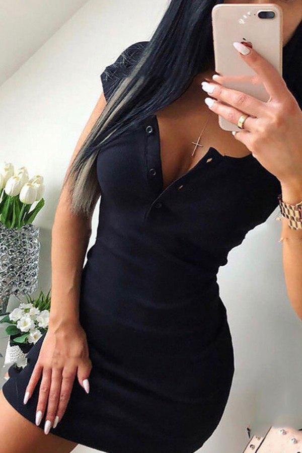 Fitted Black Dress with v-neck