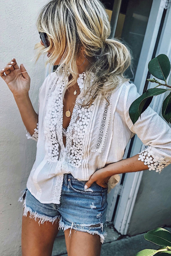 I love this summer look ! so simple ... shorts and white blouse