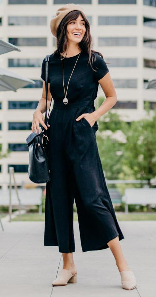 I love this type of Jumpsuits, chic and extra comfy.