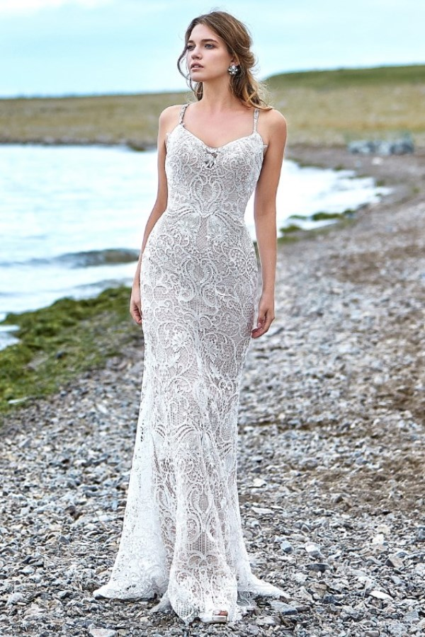 gorgeous trumpet mermaid wedding dress