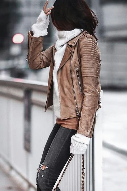 Lovely Autumn-Winter Outfit White Turtle Sweater and Camel Zipper Jacket