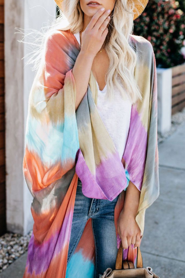 I loved this light long cardigan in pastel colors with bat sleeves !! an excellent choice for a light spring-summer coat, super colorful and combinable!