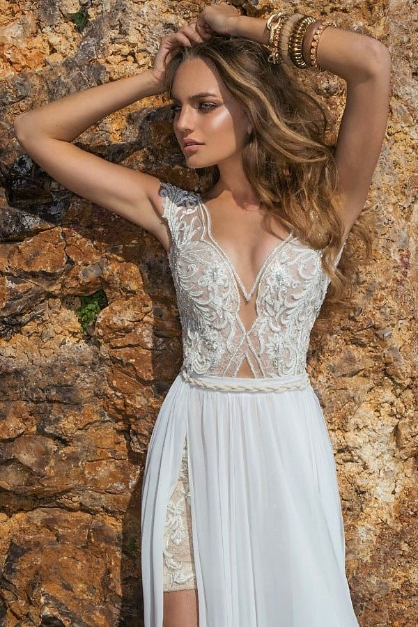 Lovely Bohemian wedding dress