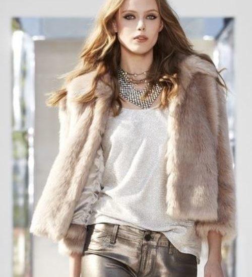 Nomadic Style Girl - Chic & Style Wardrobe -