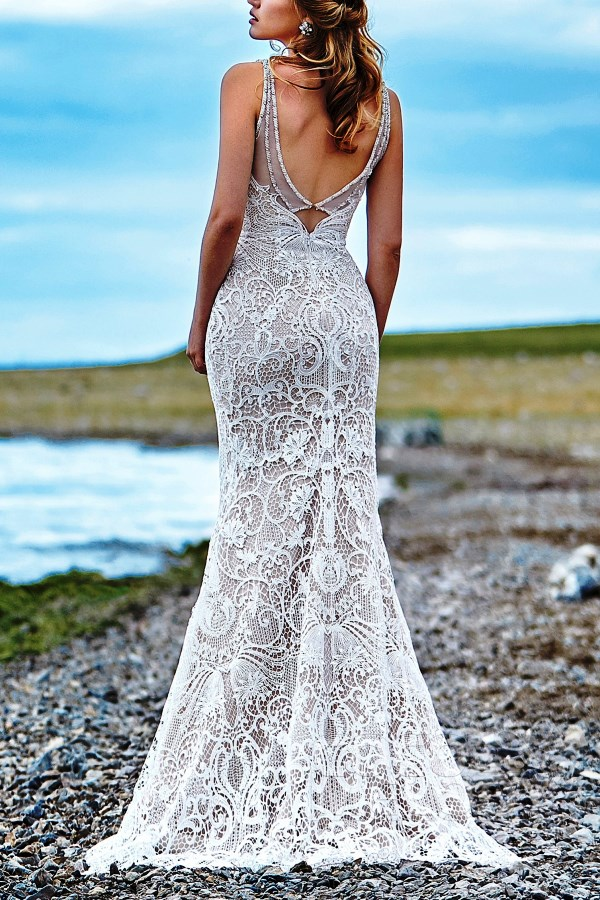 seductive body-hugging boho dress with intricate lace detail
