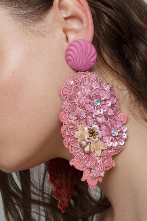 Clip- on pink earrings with crystals and flowers