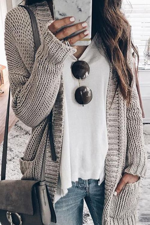 A Cute Cardigan for Everyday Outfit