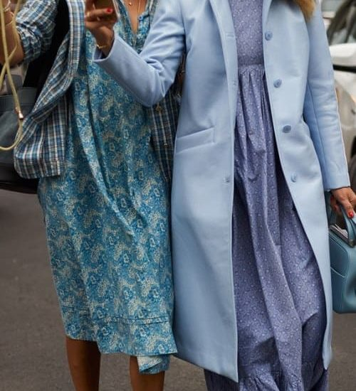 street style - trends fall 2019 - blue maxi dresses - how to combine them?