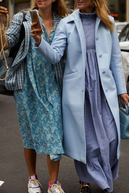 street style - trends fall- blue maxi dresses - how to combine them?