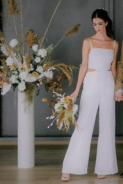 A modern and stylish look for a non conventional wedding look