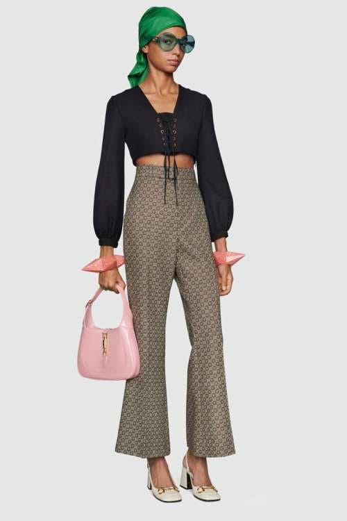 The fashion of wide trousers is the most elegant and chic